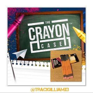 🆕 The Crayon Case 7pc IShadow Pencil Brush Set